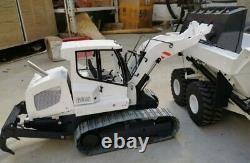Full Metal 112 Scale RC Hydraulic Track Loader with Control Ready To Run